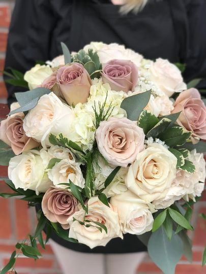 Neutral toned Bridal Bouquet
