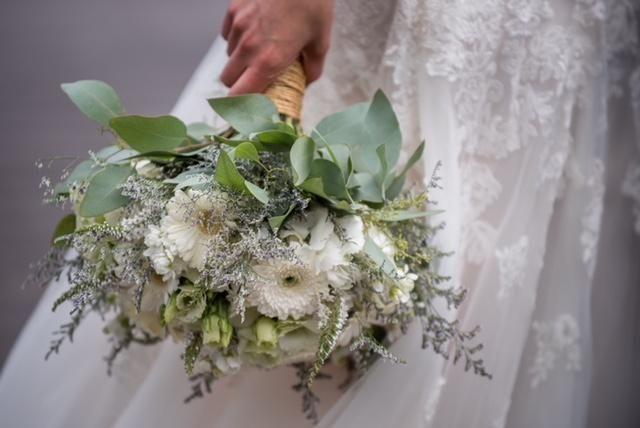 7def30168982f63b emily bouquet