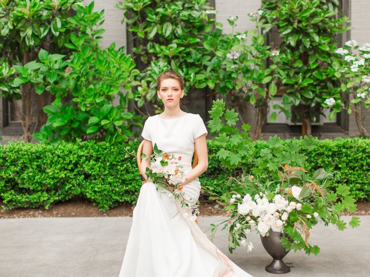 Tmx 1536346283 703ed793ed441157 1536346279 7959652a35ea14ae 1536346261902 9 Sorrento Highresol Seattle wedding florist