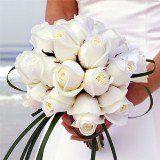 bridalbouquetromanticwhiteroses
