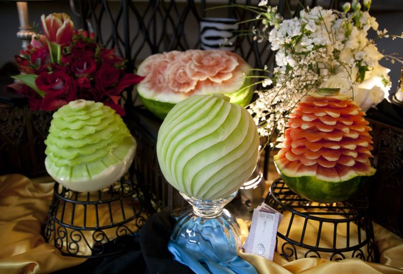 800x800 1418665018228 fruit carvings