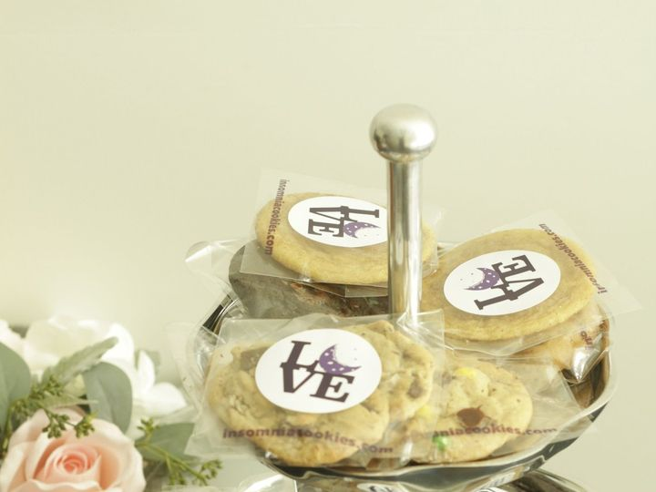 Tmx 1523974643 344dca46ad9b4816 1523974639 Ff734160e96daa8b 1523974633315 1  MG 1785 Bryn Mawr wedding favor