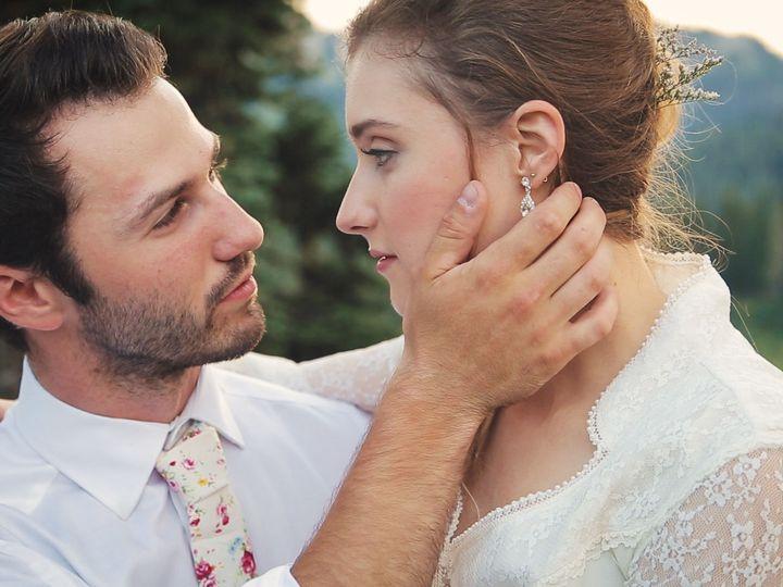 Tmx 1517884550 25c822987ab0bed0 1517884548 B62ef57908d4b98b 1517884543961 3 Wedding 3 Lynnwood, WA wedding videography