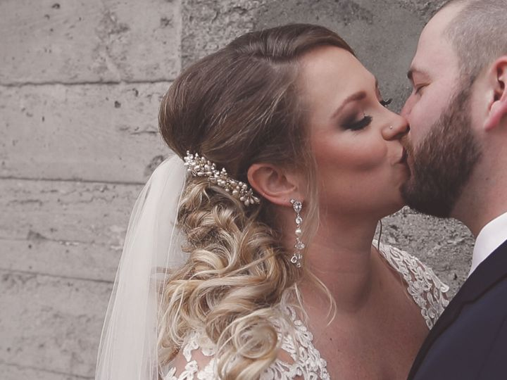 Tmx 1521654219 51b01daf31a51a55 1521654218 563ec7005407b115 1521654217848 8 Julie And Jeremiah Lynnwood, WA wedding videography