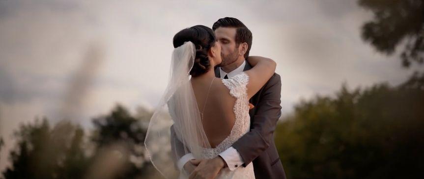 Nicki & Sean Kiss