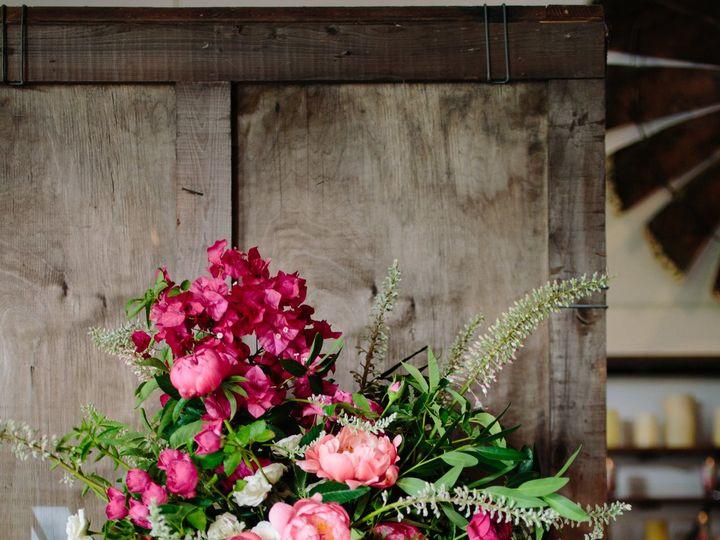 Tmx 0290 51 615541 Sonoma, CA wedding florist