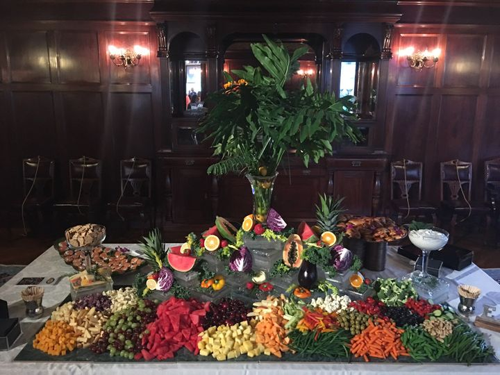 Tmx Moody Mansion Hors Doeuvres 3 51 448541 159908836524565 Galveston, TX wedding catering