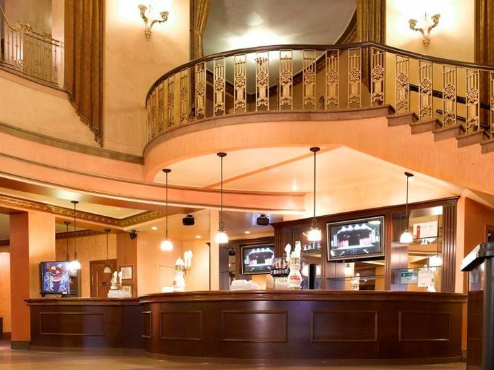 Lobby:  Bar & upper part of staircase.