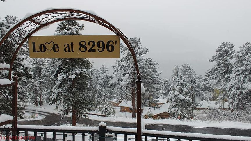 Winter Wedding - Estes Park