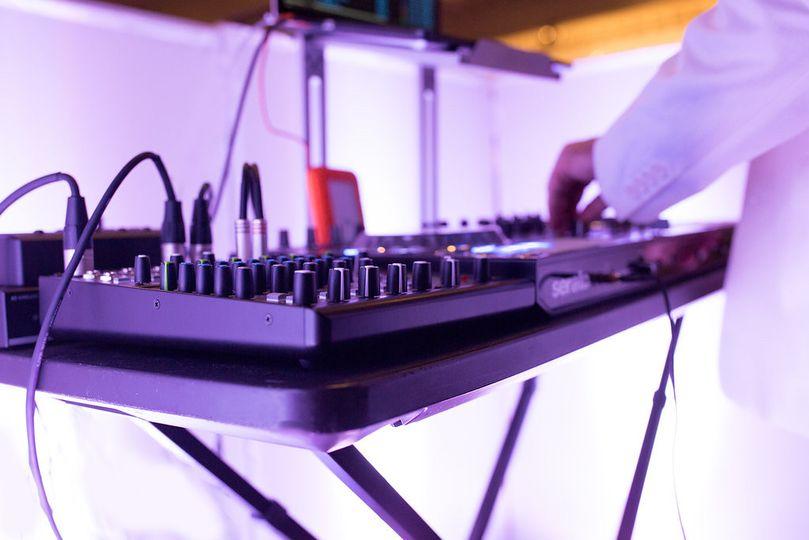 Music House DJ Company