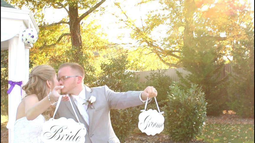 Sarah and Justin had a gorgeous fall West Virginia Wedding!