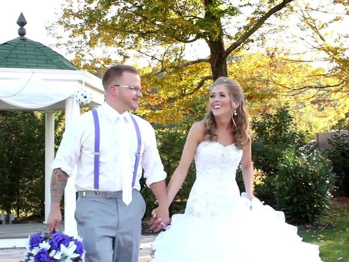 Tmx 1415448266104 Sjwalkingandleaves Ashland wedding videography