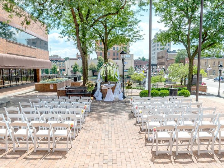 Tmx 03 51 445641 1562611335 Aurora, Illinois wedding venue
