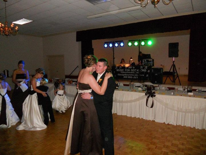 Nelwyweds first dance