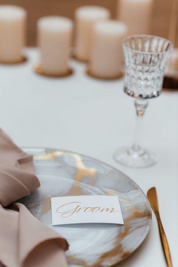 Table setting details