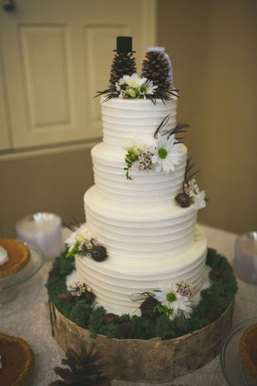 800x800 1460993478776 lauraandmattswedding 0088 ... & The Cake Plate - Wedding Cake - Austin TX - WeddingWire