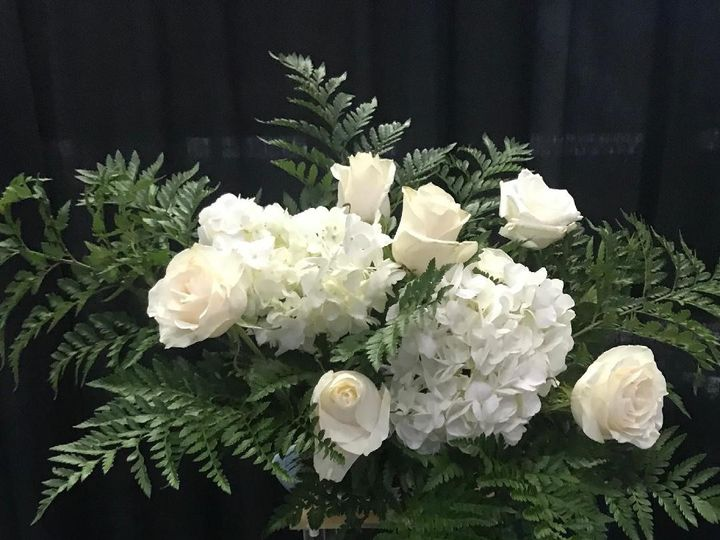 Tmx Tall Floral Centerpiece Aa 51 611741 1563235002 Tampa wedding florist