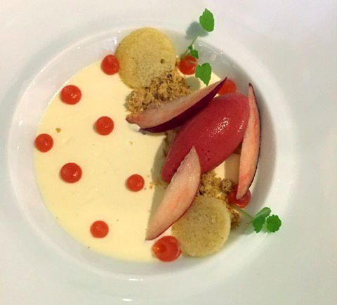 pistachio sablé, starwberry sorbet, on a bed of verbena crème anglaise