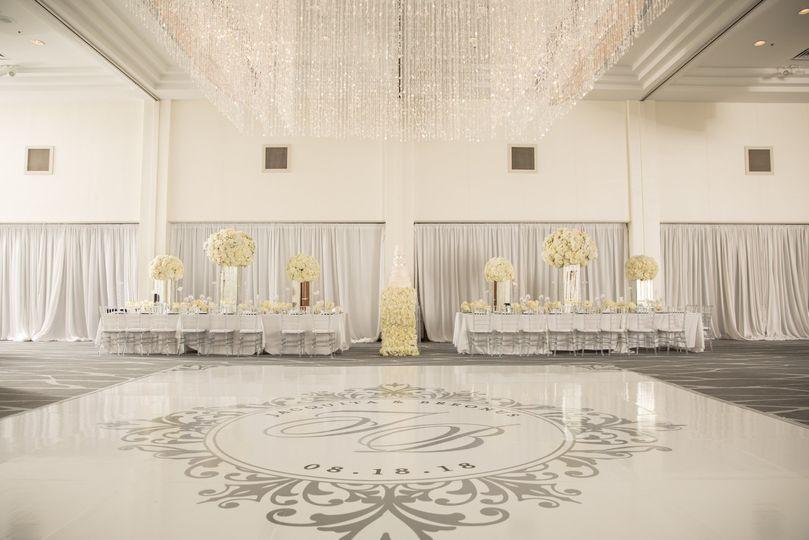 EE + All White Wedding
