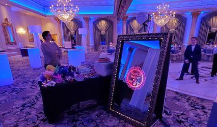 Ray's Magic Mirror Photo Booth