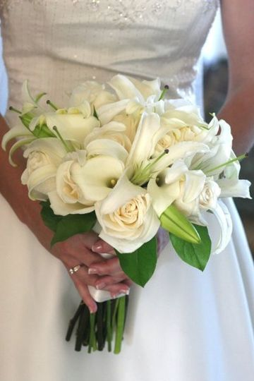 Bridal bouquet - Calla lilies, white oriental lilies and roses