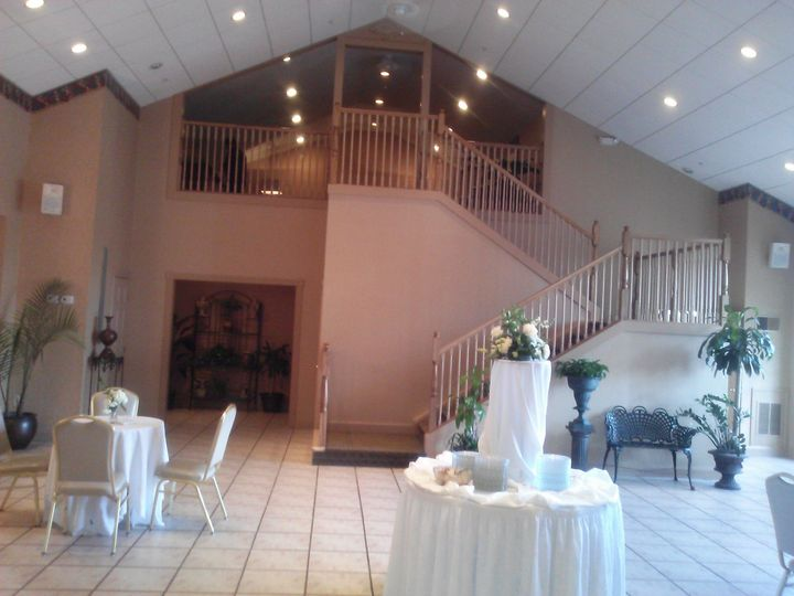 Brand new Bridal Party Loft for all Weddings that take place in the Gold Ballroom.