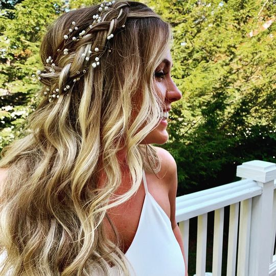 Beach waves and braid