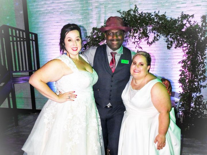 Tmx Donohoe Wedding 082019 2 51 1000841 1565018310 Georgetown, TX wedding dj