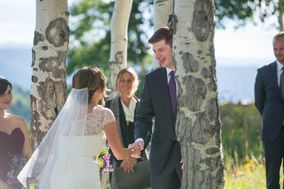 Summit Celebrant - Leslie Ross Officiant