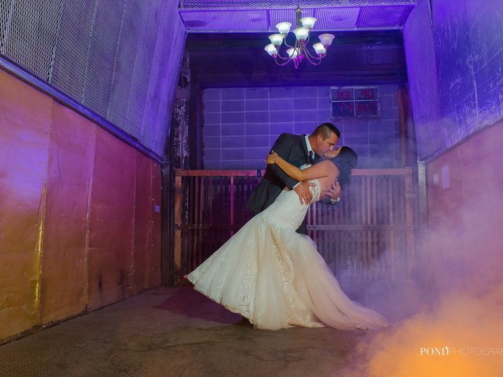 Tmx 1516226966 570bed319a346515 1516226965 7b846f406f54b2af 1516226963075 3 22382381 144764239 Blue Springs wedding planner