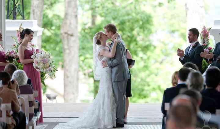 Heavenlee Weddings by Tammy Lee-Papia