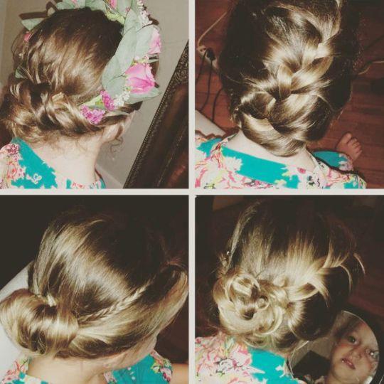 Hair: Theresa Lyon