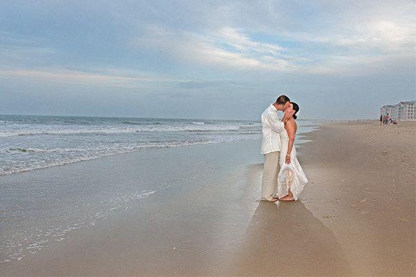 sandbridge beach wedding