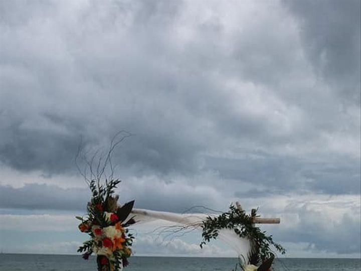 Tmx 33027879 10213840158550675 3863700064916471808 N 51 25841 158740755399514 Marco Island, Florida wedding florist