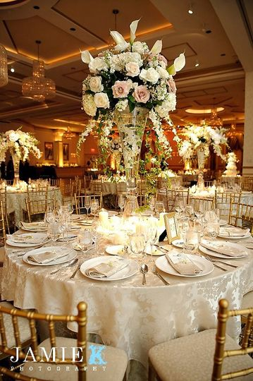 Fancy table setup with centerpiece