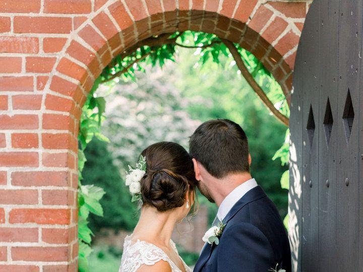 Tmx Madeline Mark 0466 51 309841 160398590028352 Georgetown, MA wedding florist