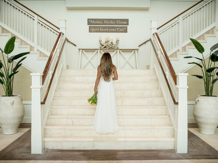 Tmx Mro Staircase Bride 51 990941 157695571014915 Kissimmee, FL wedding venue