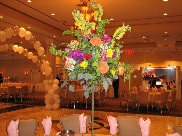 Multicolor centerpiece