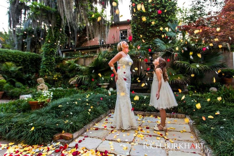 Forsyth park inn venue savannah ga weddingwire 800x800 1455035225618 rose petal wedding junglespirit Image collections