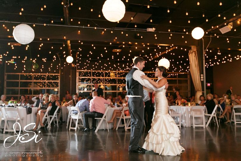 28 event space venue kansas city mo weddingwire 800x800 1418161391831 first dance 1 junglespirit Choice Image