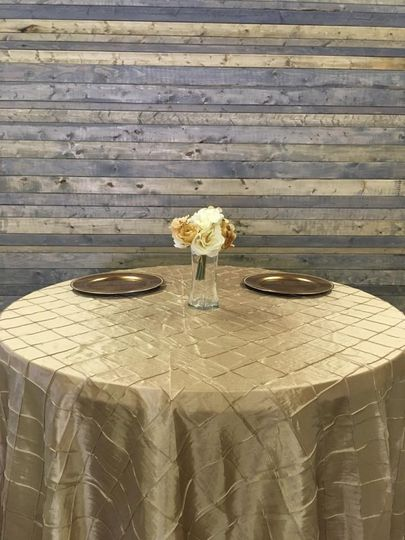 Gold tablecloth. Sweetheart table. Indiana Weddings. #IndianaWeddings . Wedding Rentals. The Event...