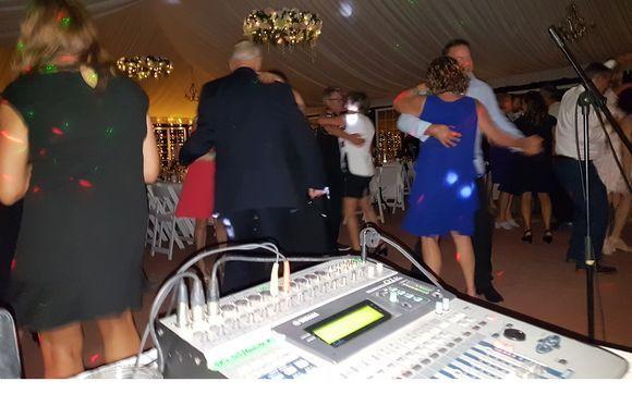 Tmx Eyjidwnrzxqioijhbglnbmfibgv3zwitchjvzhvjdglvbiisimtlesi6innlcnzpy2vzl3bpy3r1cmvzl21lzgl1bs85ndcynjqvmtu0otq3njqzn18ymde4mdkwmv8ymtu5mduuanbniiwizwrpdhmiont9fq 51 1869941 161791458054092 Puerto Vallarta, MX wedding dj