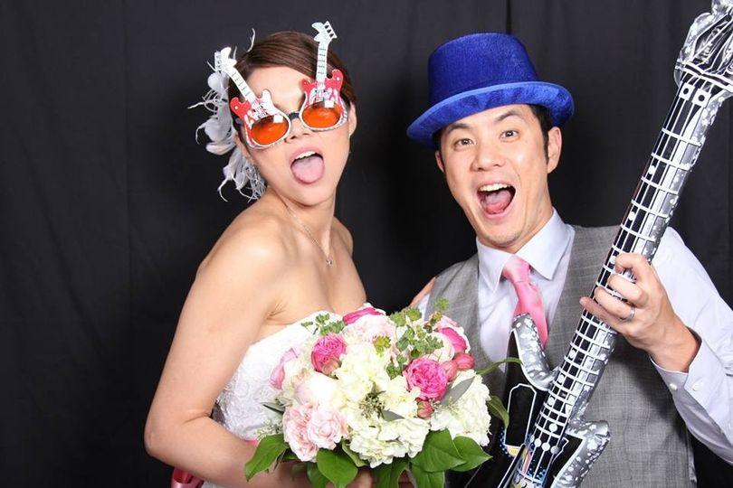 Cool newlyweds