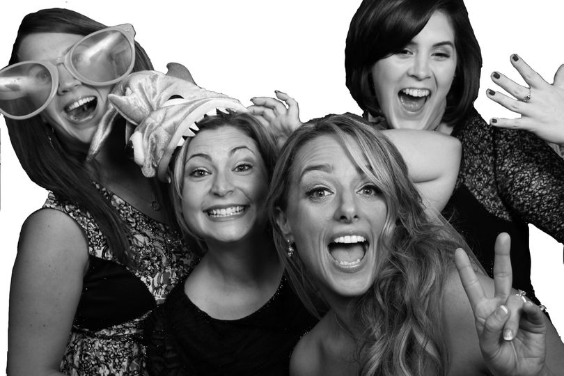 Photo booth with glamour featu