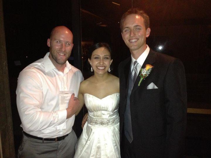 wedding couple pic