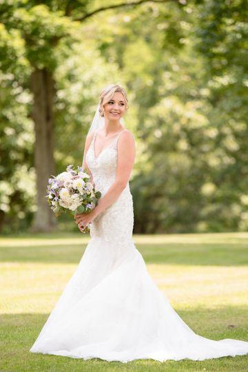 bride portraits shots 3 51 1002051