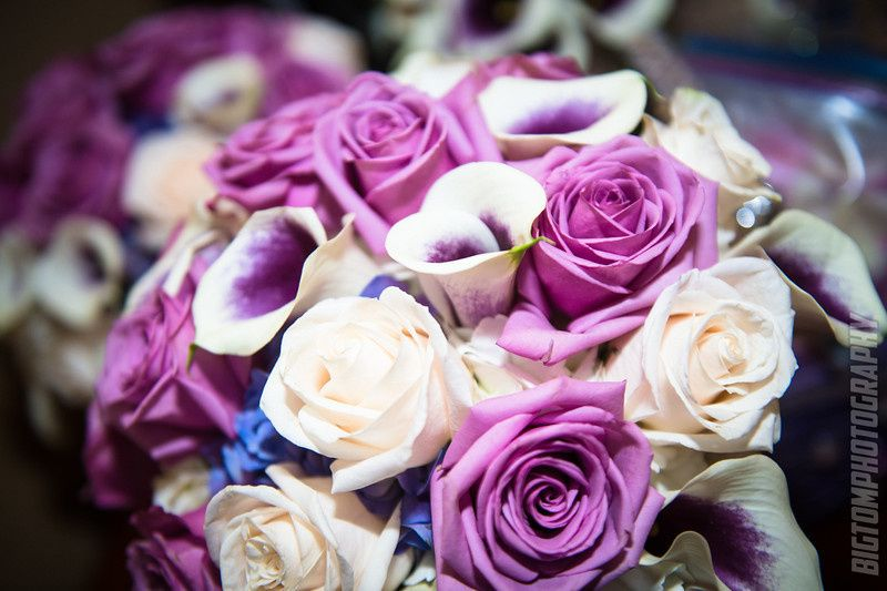 White and purples bouquet