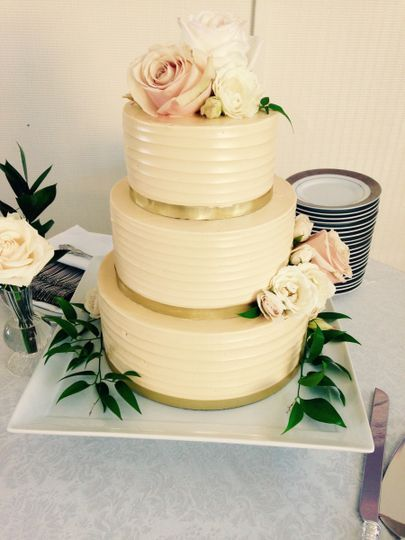Crave Dessert Company - Wedding Cake - Los Angeles, CA - WeddingWire