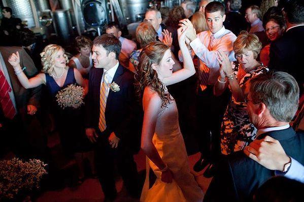 Tmx 1520026002 2075f1ba49907c77 1520026001 4283ddfd351f12cb 1520025993615 1 1 Guilford, CT wedding band