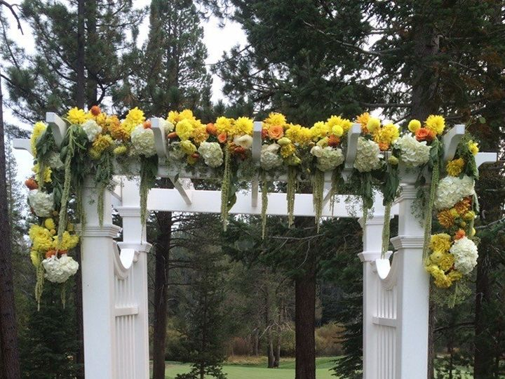 Tmx Img 1768 51 197051 157775583033746 Truckee, CA wedding florist